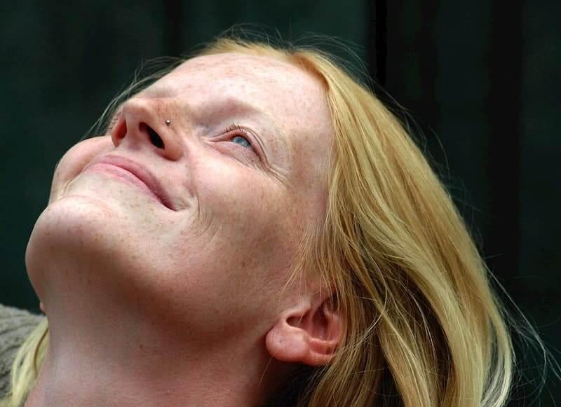 caída cabello mujer menopausia